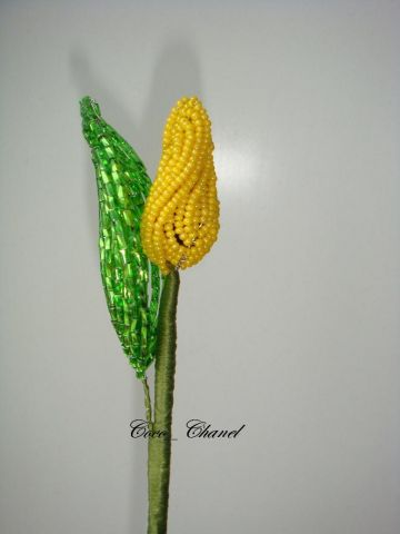 queen of the fields – beading tulip :)